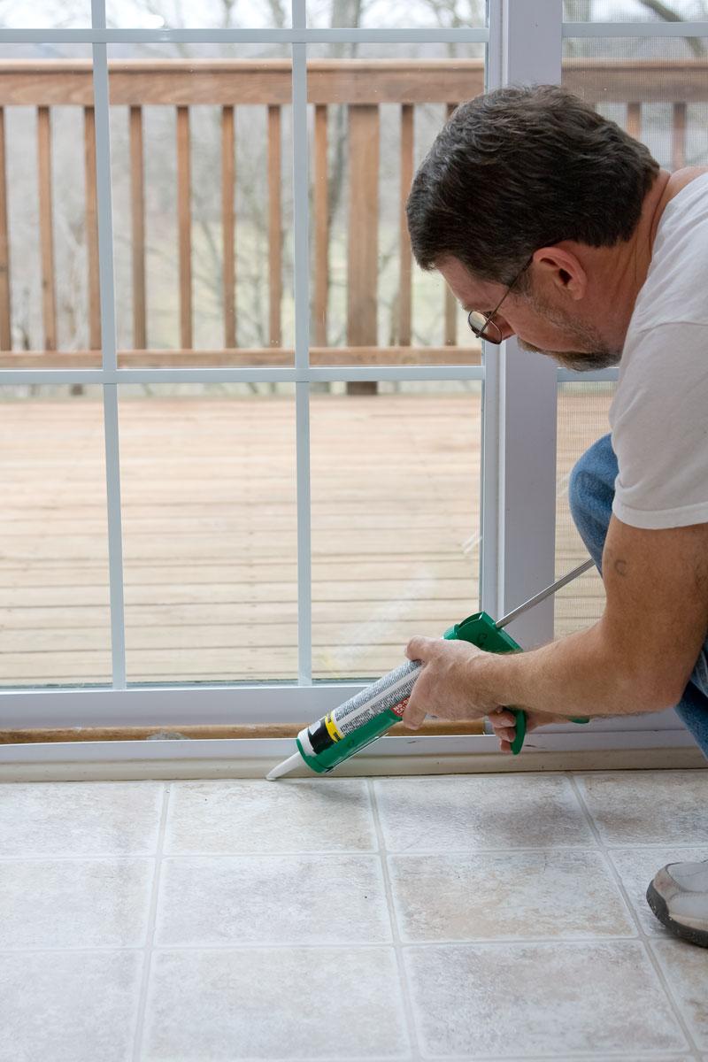 Commercial Caulking Contractor & Door and Window Caulking - Simply Caulk It